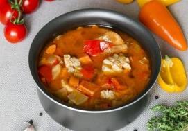 Zupa gulaszowa (4 porcje)