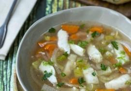 Zupa rybna z koprem włoskim